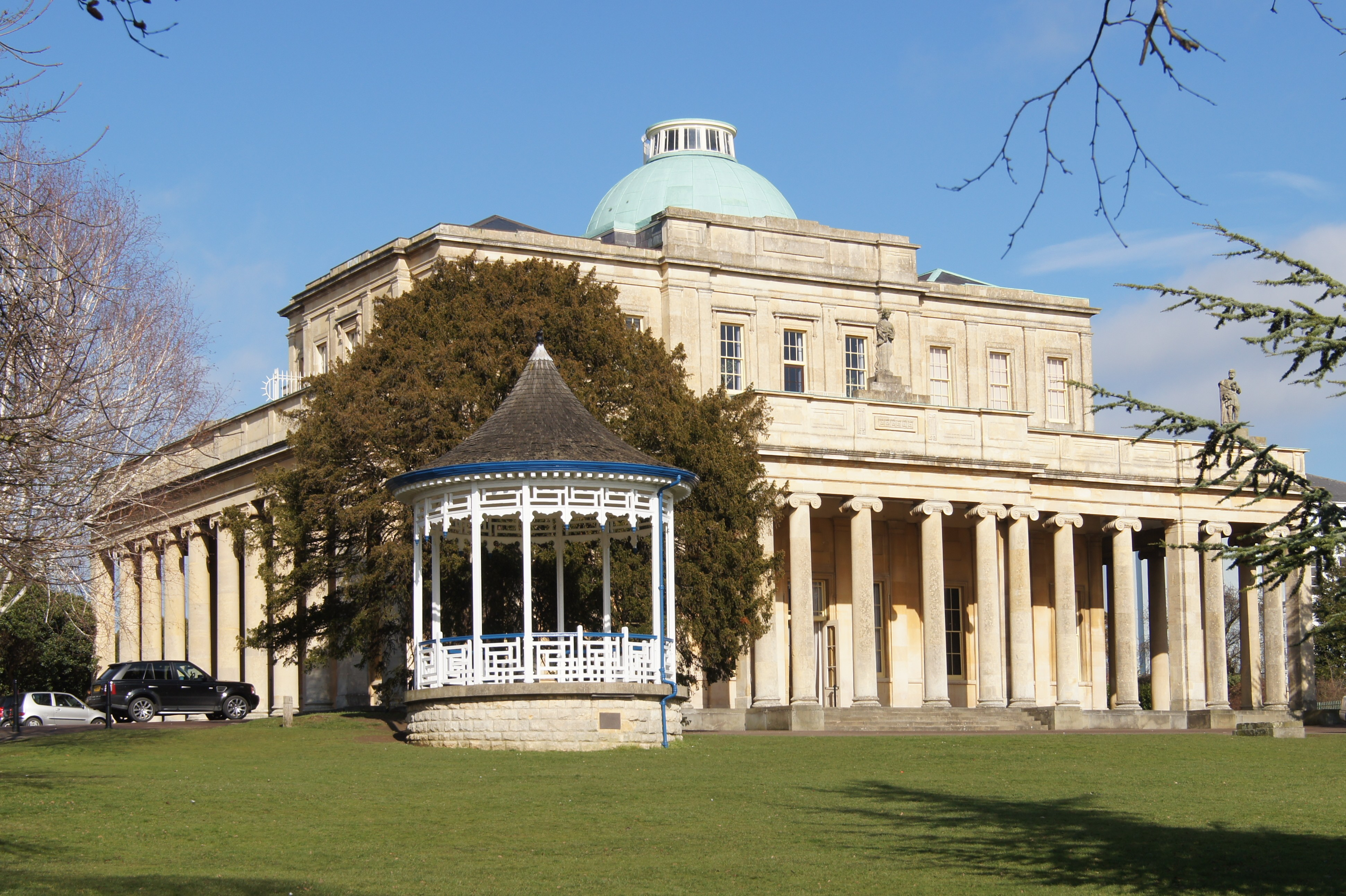 A beautiful photo of the Pittville Pump Room taken from the side. Maven Connex Creative Blogger Morning